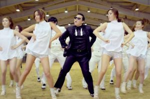 Gang Nam Style của Psy là những giai điệu và điệu nhảy gây sốt toàn cầu