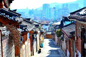 Làng cổ Bukchon Hanok giữa lòng Seoul nhộn nhịp