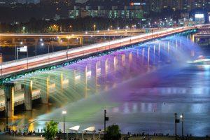 Vẻ đẹp của đài phun nước trên dòng sông Hàn