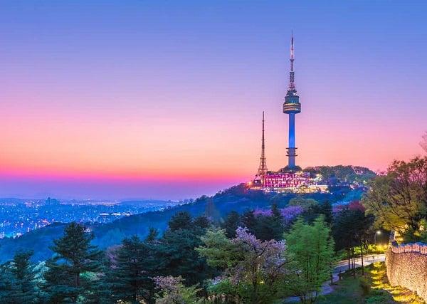 Tháp Namsan biểu tượng lãng mạn của xứ kim chi