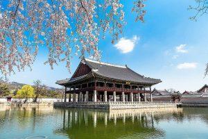 Ngắm nhìn khung cảnh Khánh Hội Lâu đầy thơ mộng