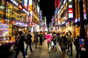 Những điều cần biết về Myeongdong - Thiên đường mua sắm của Seoul